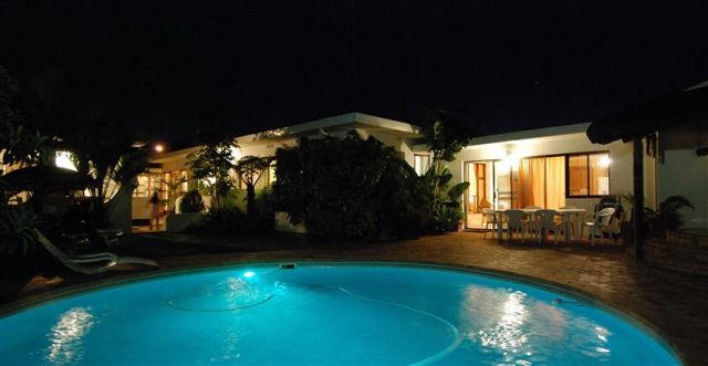 Swimming Pool by night @ Pelican Place